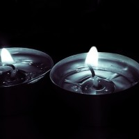 candles-782387_640
